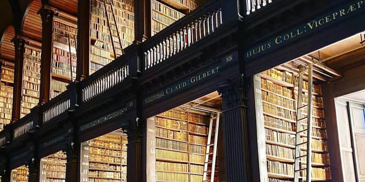 Trinity College kirjasto